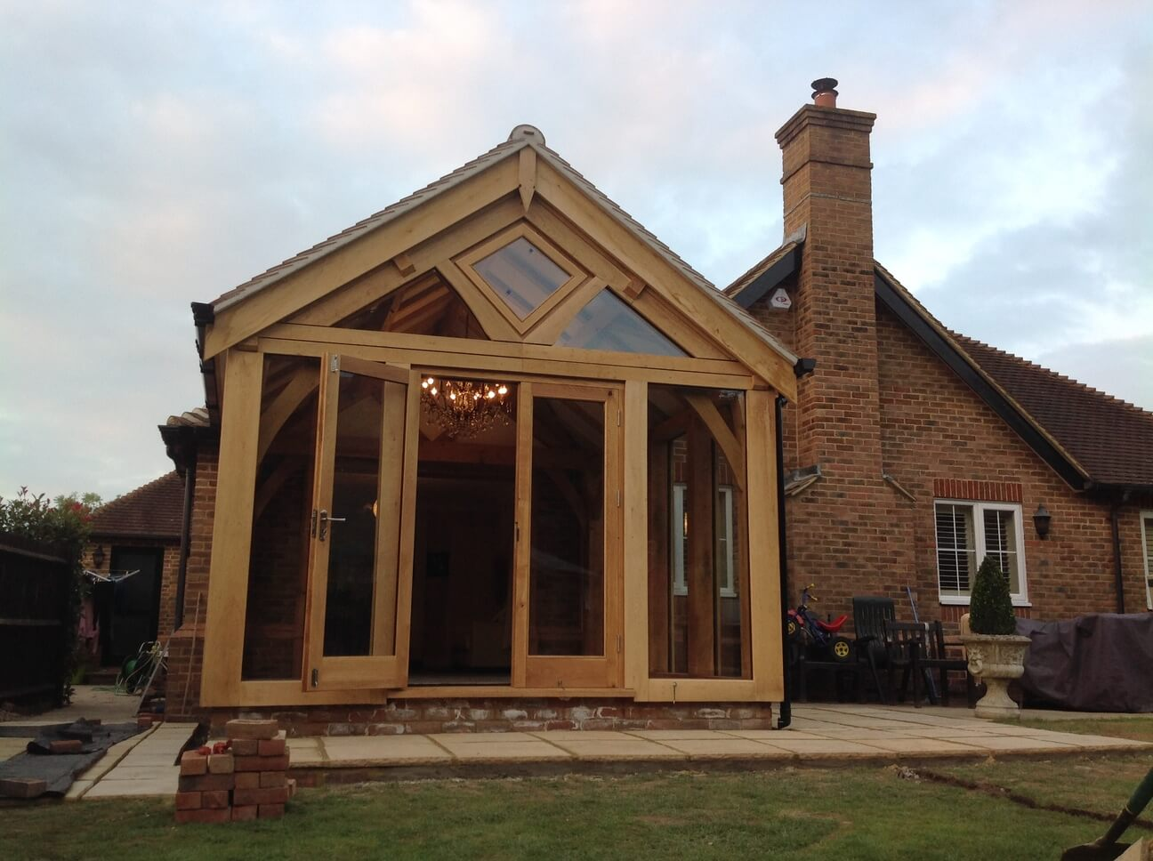 Oak Garden Room in Surrey 1