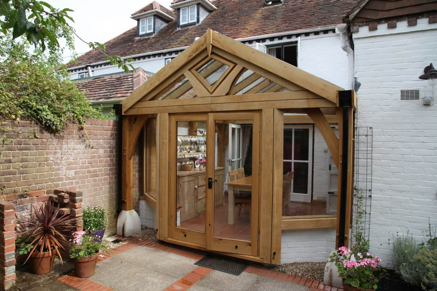 Oak conservatory in Hampshire 1