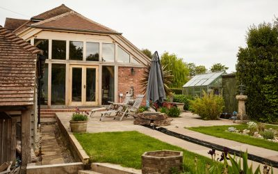 Create the Perfect Summer Entertaining Space in Your Garden